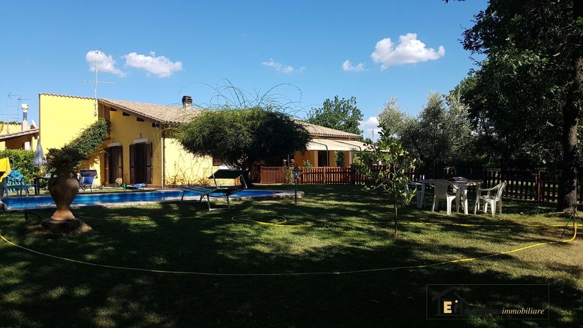 Casa Indipendente vendita MONTOPOLI DI SABINA (RI) - 3 LOCALI - 100 MQ
