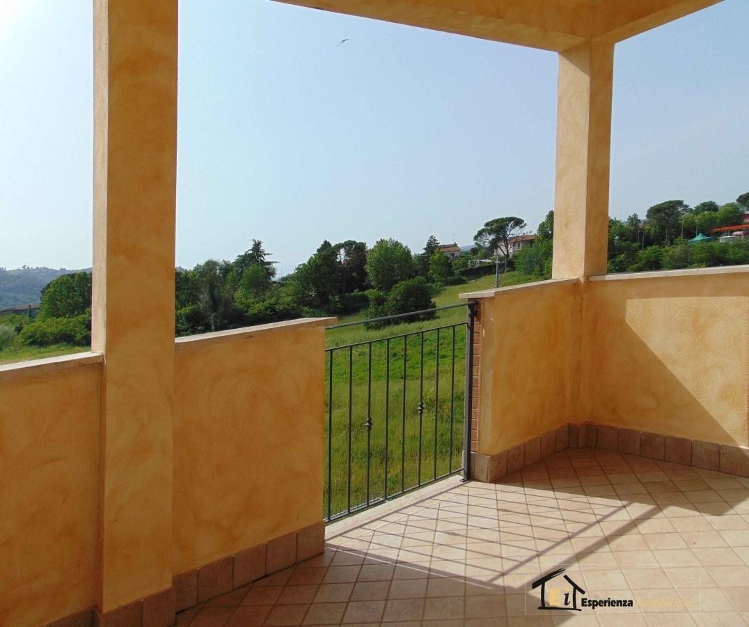 Bilocale Poggio Mirteto  10