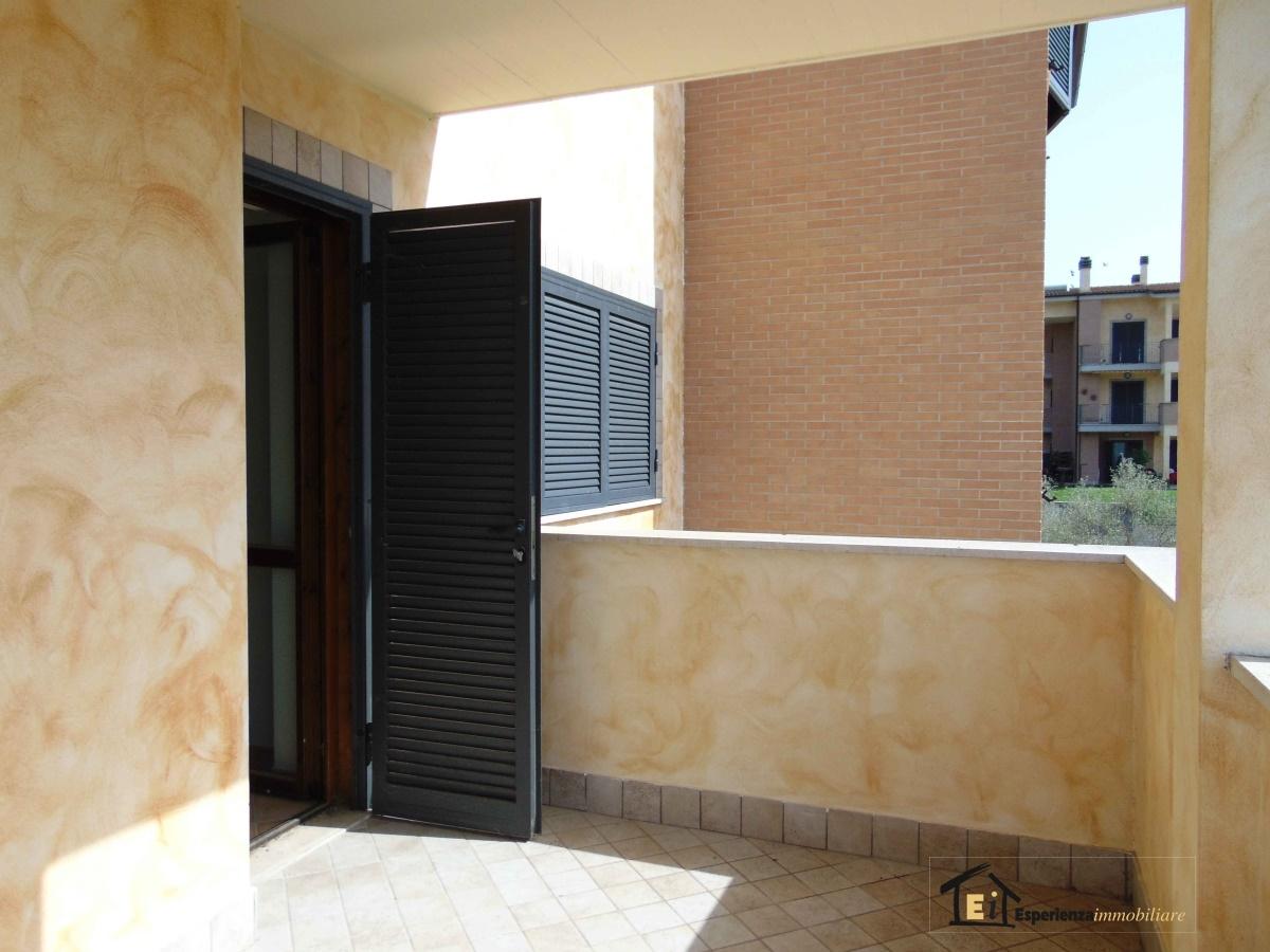Bilocale Poggio Mirteto  11