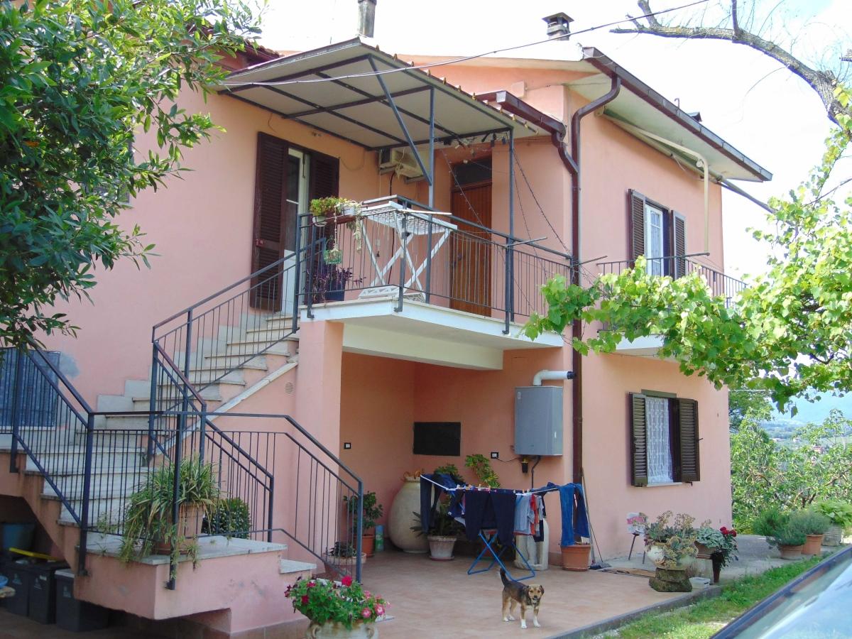 Bilocale Cantalupo in Sabina Via Collicchi 2