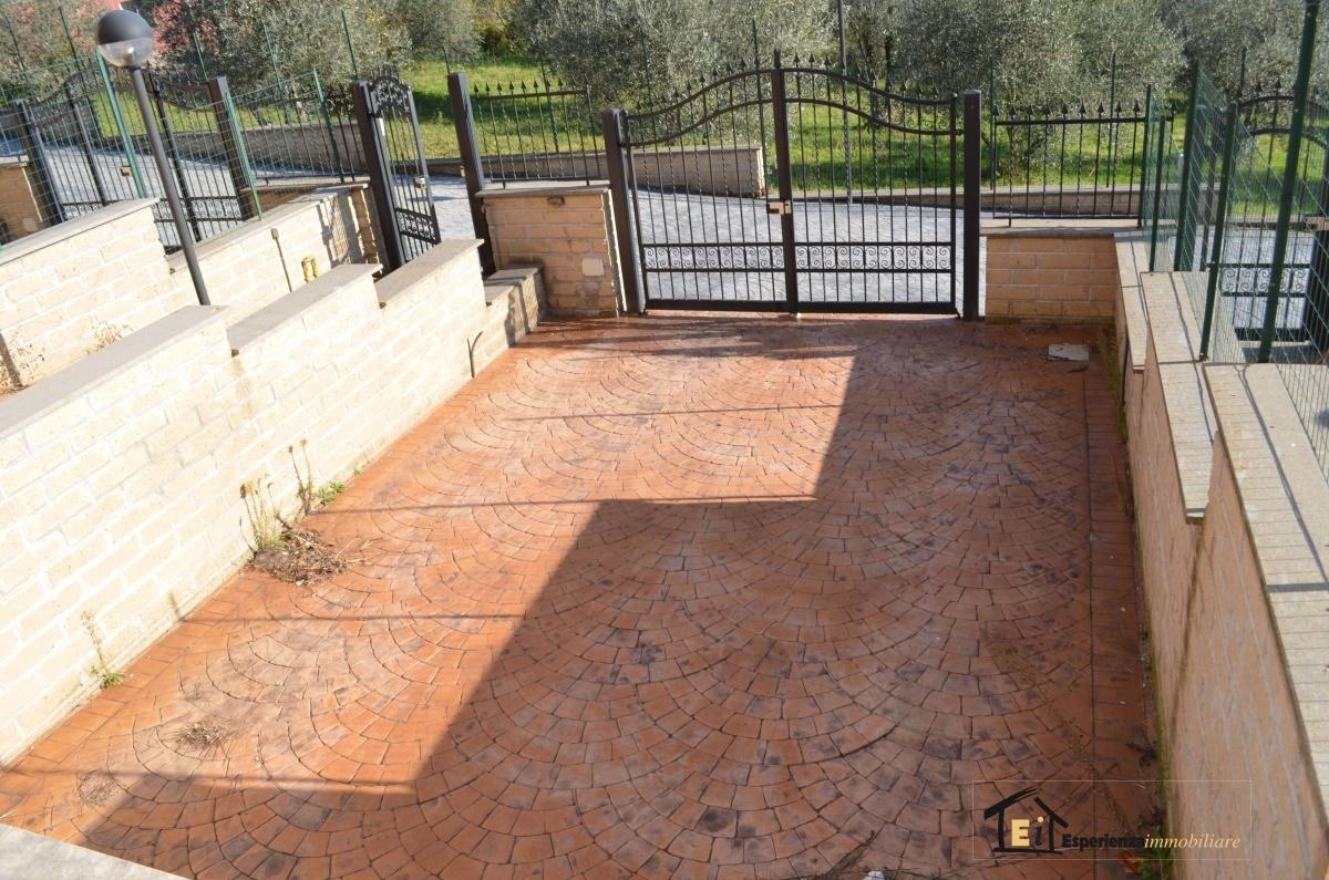 Villa a schiera Forano RI733735