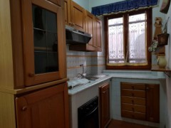RENOVATED APARTMENT WITH SEPARATE ENTRANCE - 4