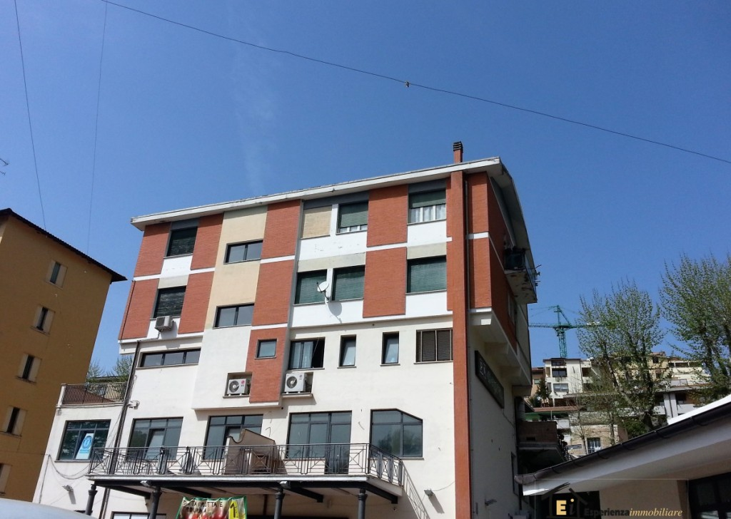 Rent Offices, Laboratories and Shops Poggio Mirteto - OFFICE IN THE CENTER Locality
